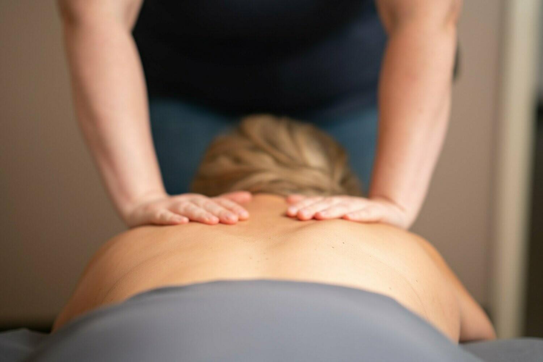 Package of 3- 60 Min Massage & 60 Min Facial