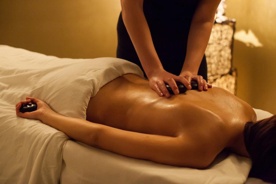 1 Hour Hot Stone Massage