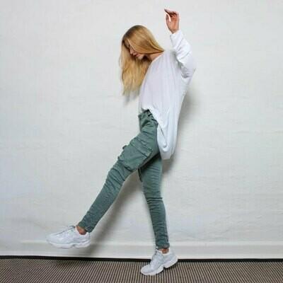 M.A.P.P-jeans REISITASKUHOUSUT