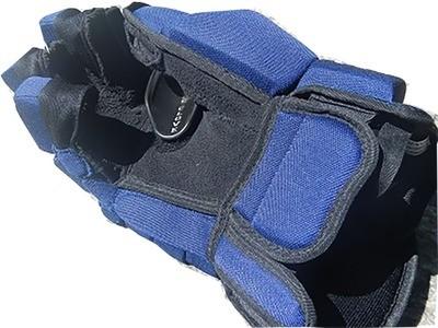 Dangle Glove