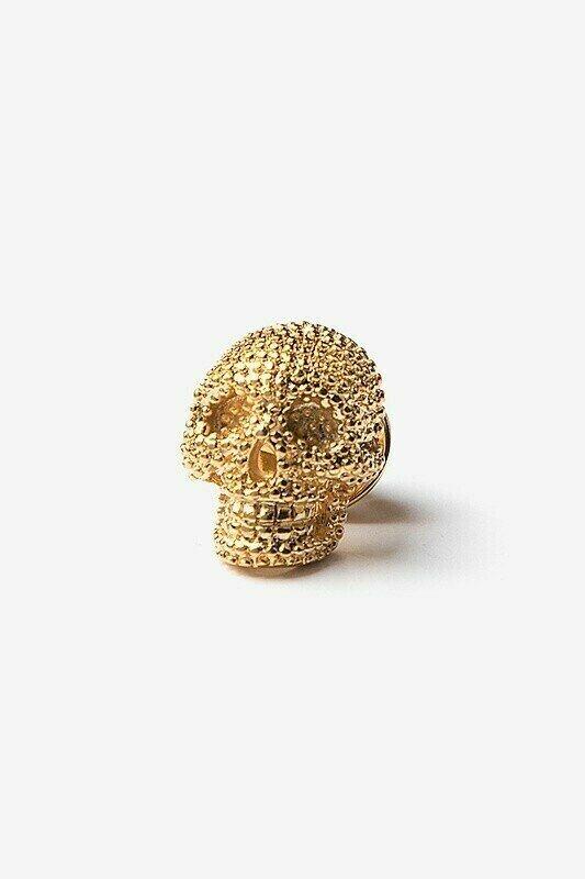 Gold Skull Lapel Pin