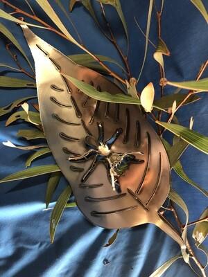 Leaf plus 1 Ant