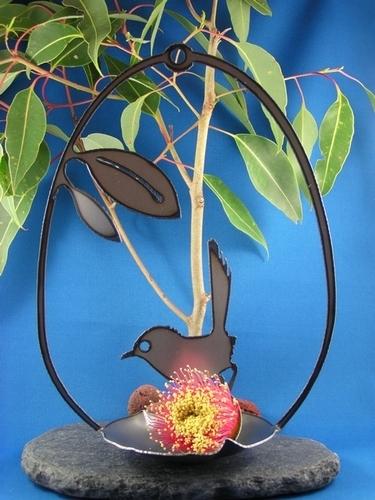 Wren birdfeeder Metal art