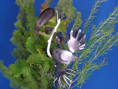Fantail + Gumflower + Hook
