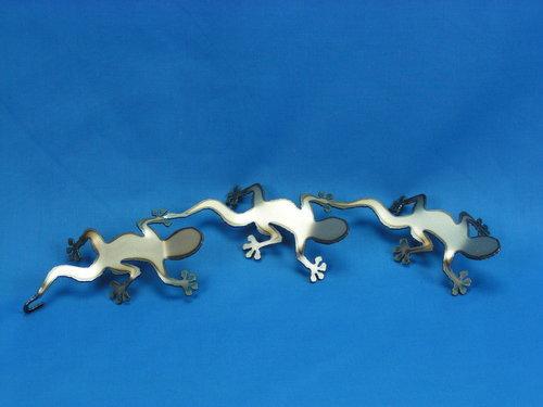 3 x Lizard