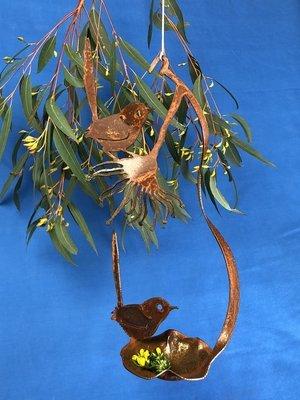 2 x Wren + Gumflower Birdfeeder rusty