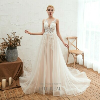 CHAMPAGNE LACE APPLIQUE & TULLE GOWN