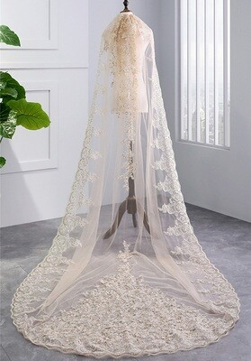 ONE LAYER HEAVY CHAMPAGNE LACE CATHEDRAL VEIL