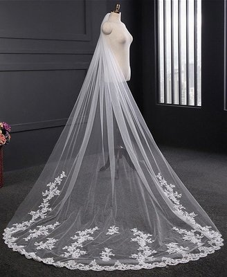 ONE LAYER 9 Ft LONG TULLE LACE APPLIQUES BRIDAL VEIL WITH COMB