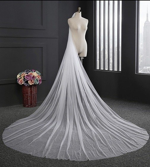 ONE LAYER TULLE FULL LENGTH VEIL WITH COMB