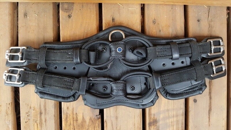 Used Stübben Equi-Soft Girth 45 cm