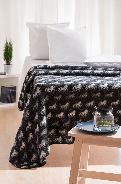 Wool Blanket/Throw - Icelandic Horse - Black
