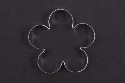 5 Petal Blossom Cutter - 1 1/2