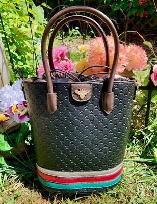 Bumble Bee Black Tote Package