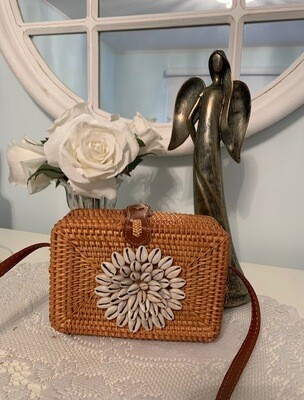 Wicker & Shell Purse