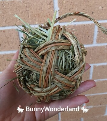 Braided + Willow Ball with Timothy Hay