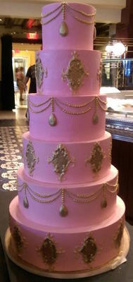 Queen Tower - Wedding Cake