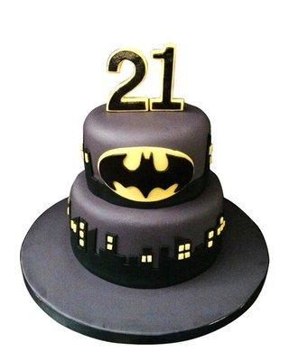 Batman Figur Torte