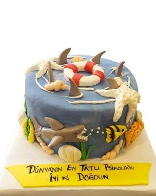 Meer und Fische und Hai Figur Torte