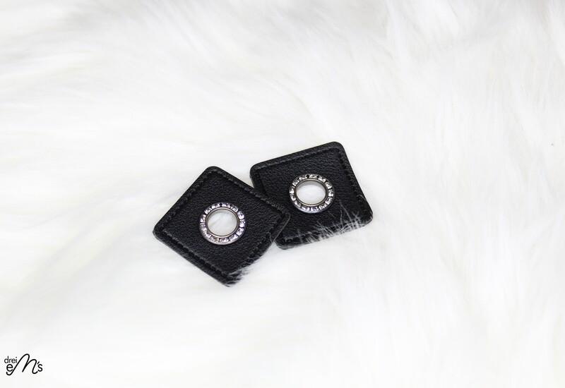 2 Stk Ösen Nickel auf Kunstleder schwarz - STRASS- 6 mm