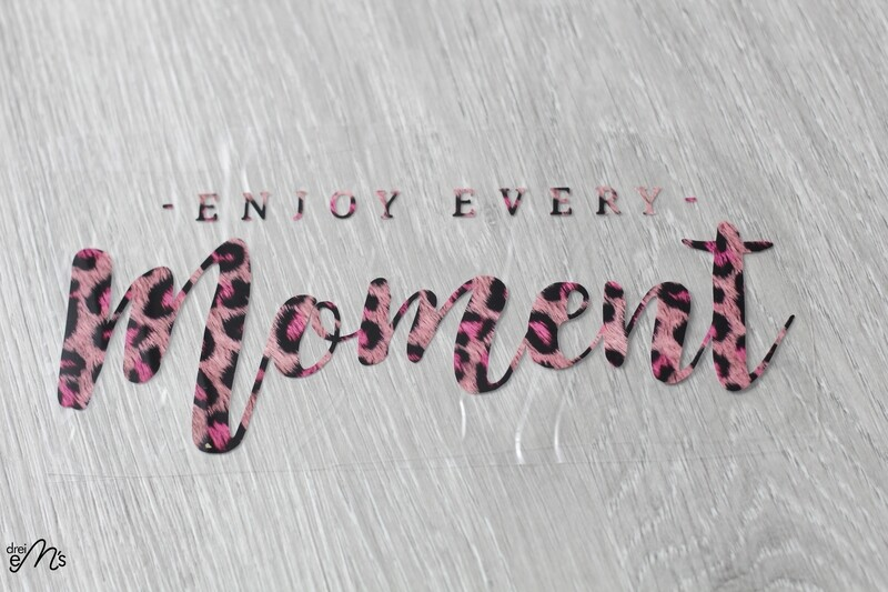 "Bügelbild   "" enjoy every moment"" Leo pink"