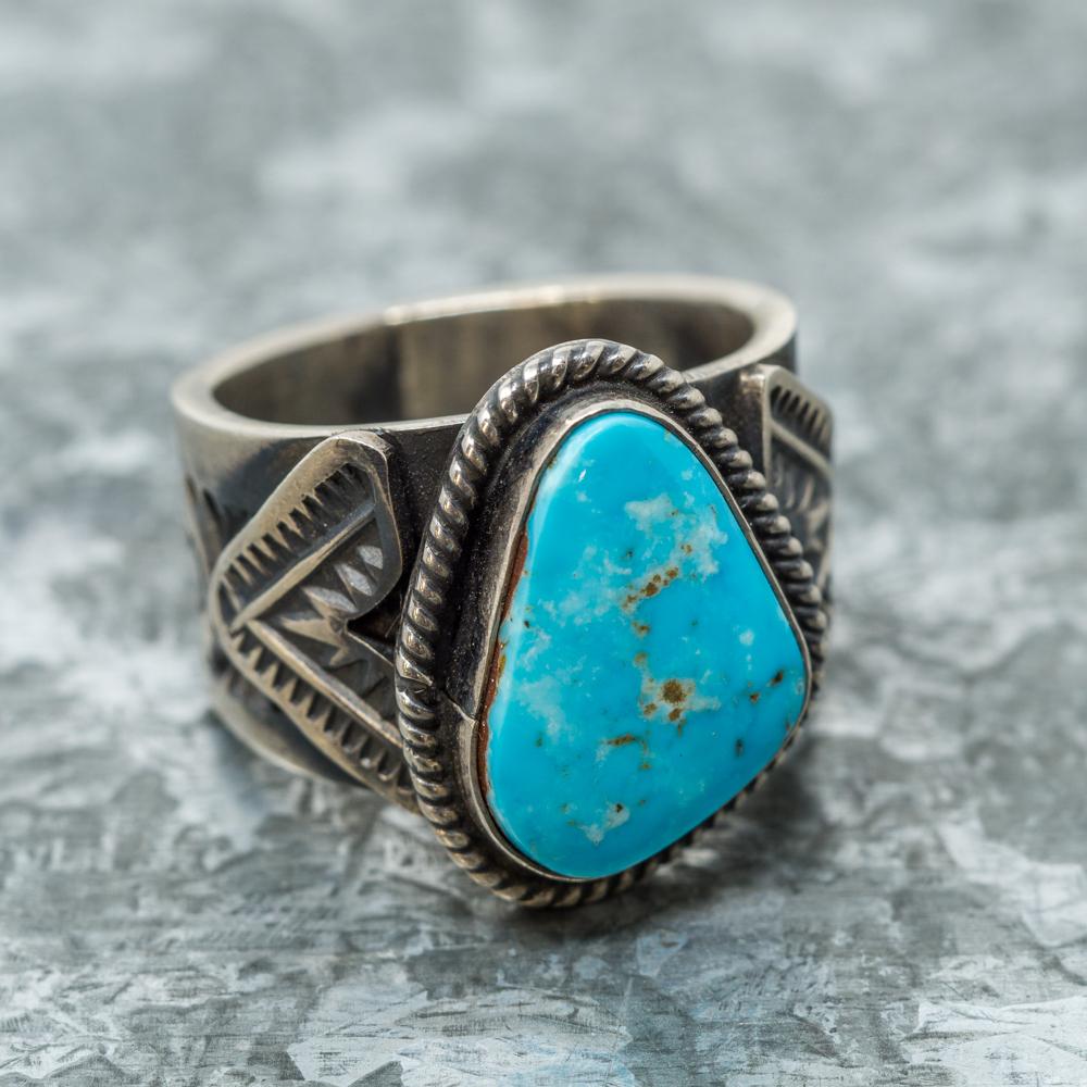 Kingman Turquoise Single Stone Ring JE190085