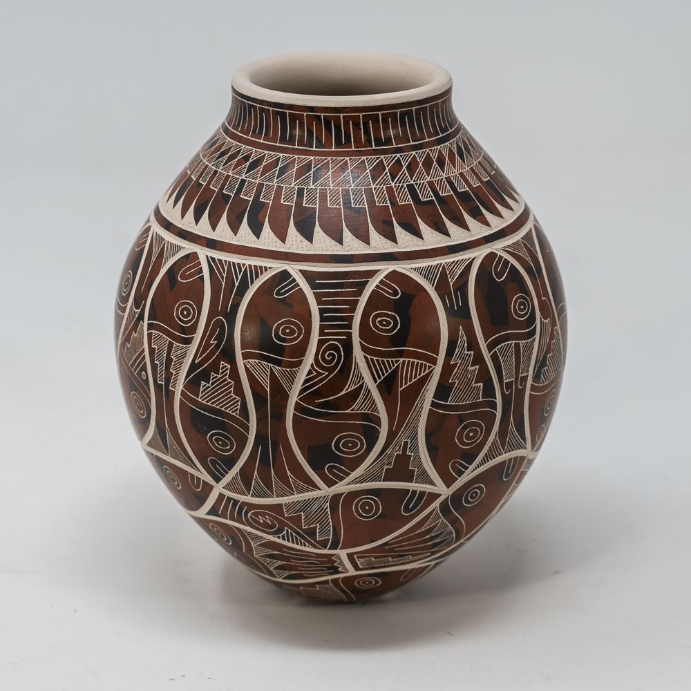 Mata Ortiz Pottery: Fish SO200015