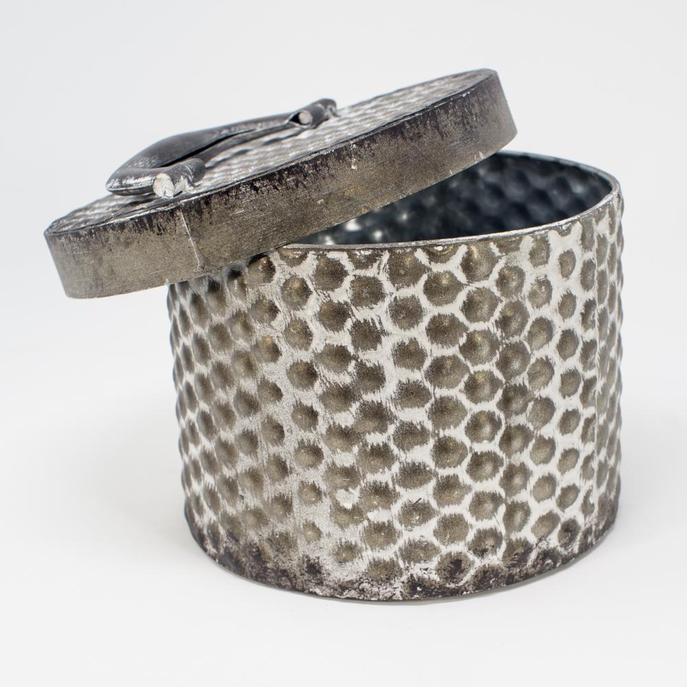 Vintage-Inspired Storage Tin, Handle Lid SG200154