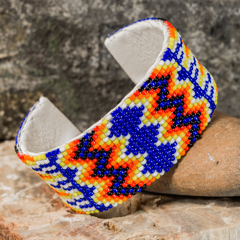 Apache Beaded Cuff Bracelet JE200279
