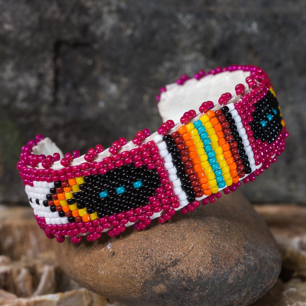 Apache Beaded Feather Bracelet JE200282