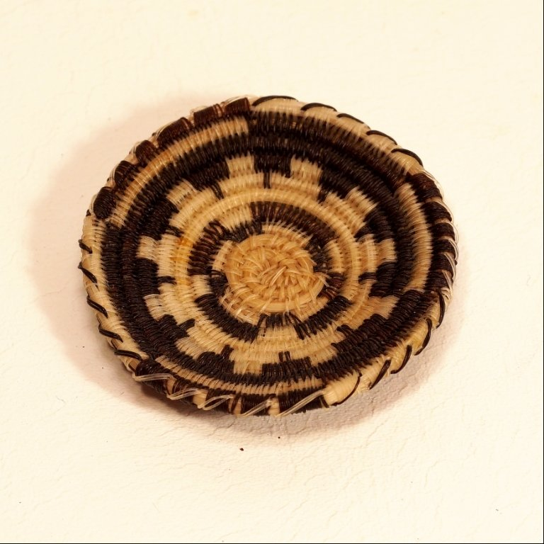 Tohono O'odham Black & White Circular Design Horse Hair Basket GA170120