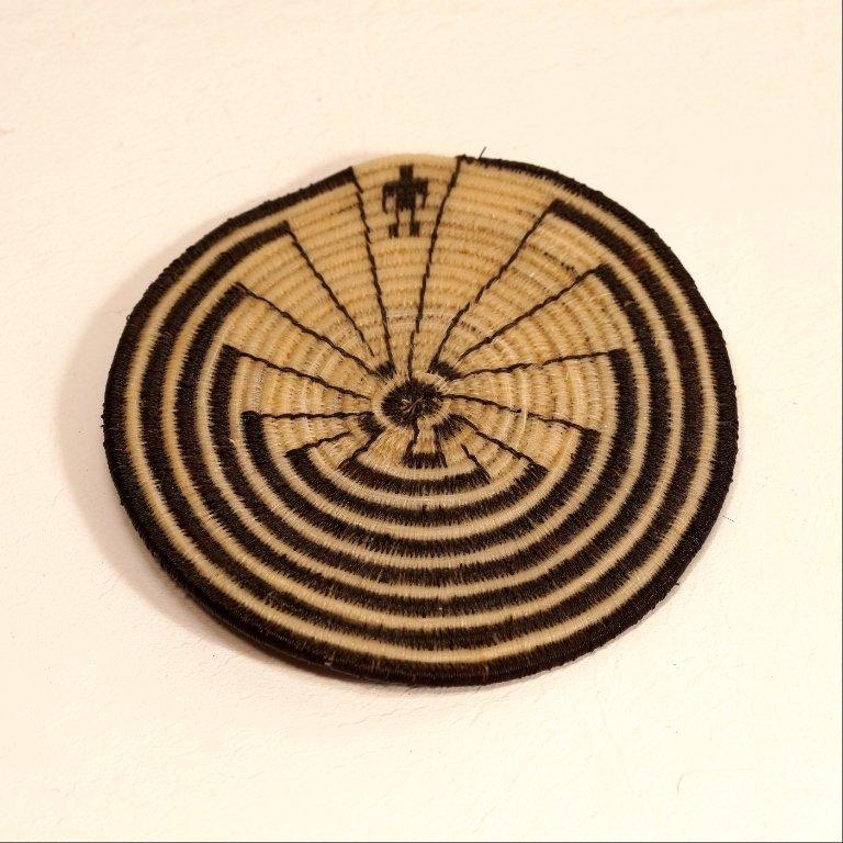 Tohono O'odham Man in The Maze Flat Horse Hair Basket GA170122