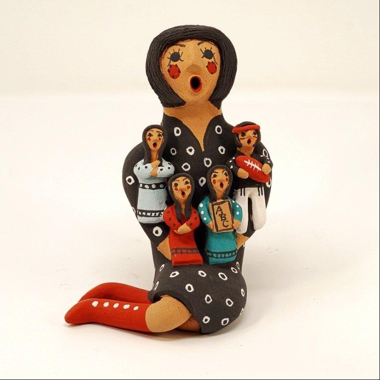 Pottery Storyteller Female GA170170