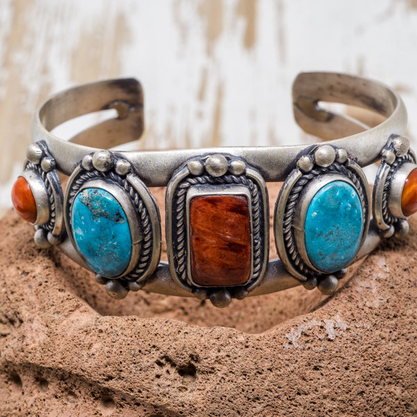 Nacozari Turquoise & Spiny Oyster Bracelet - Front View