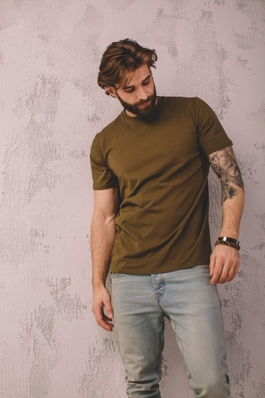 Базовая футболка прямого кроя