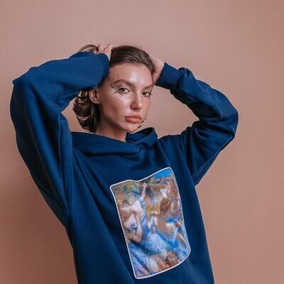 """Женское худи прямого кроя по мотивам картины Эдгара Дега """"Голубые танцовщицы"""" [нашивка], S"""