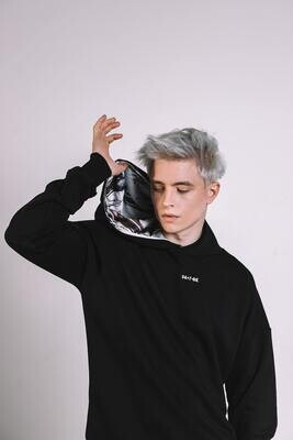Худи с картиной [34+7-Bk]-Black&White (в капюшоне)