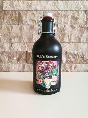 Doks O`Cara  0,5 Liter Steingutflasche schwarz mit Bügelverschluss