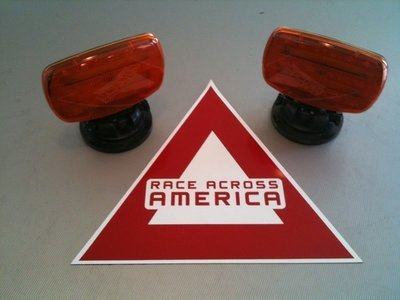 Vehicle Safety Kit (amber lights and triangle)