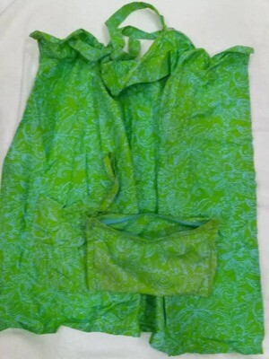 Tiny Tapir Nursing cover Green with bag & pocket.