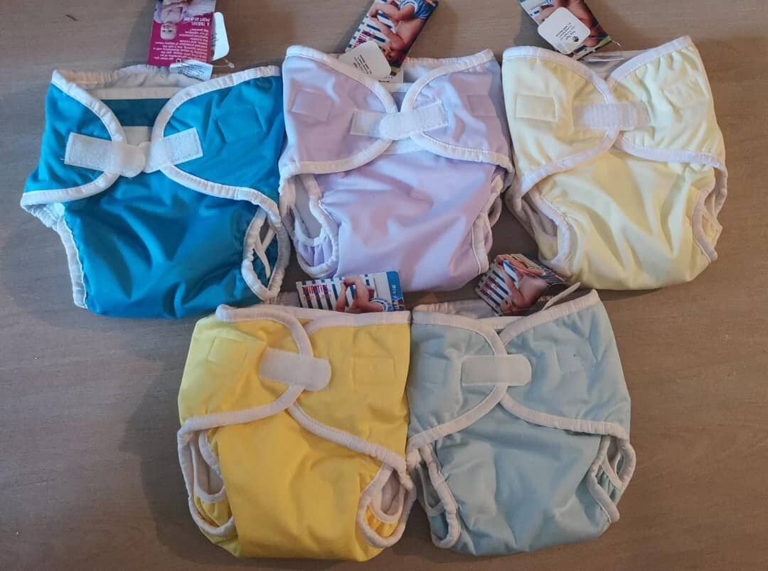 Thirsties Duo Pocket Diapers. Lot of 05 diapers.