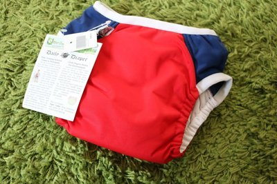 Super Undies Daily Diaper & Trainer diapers Red/Blue & Light purple/Pink available.