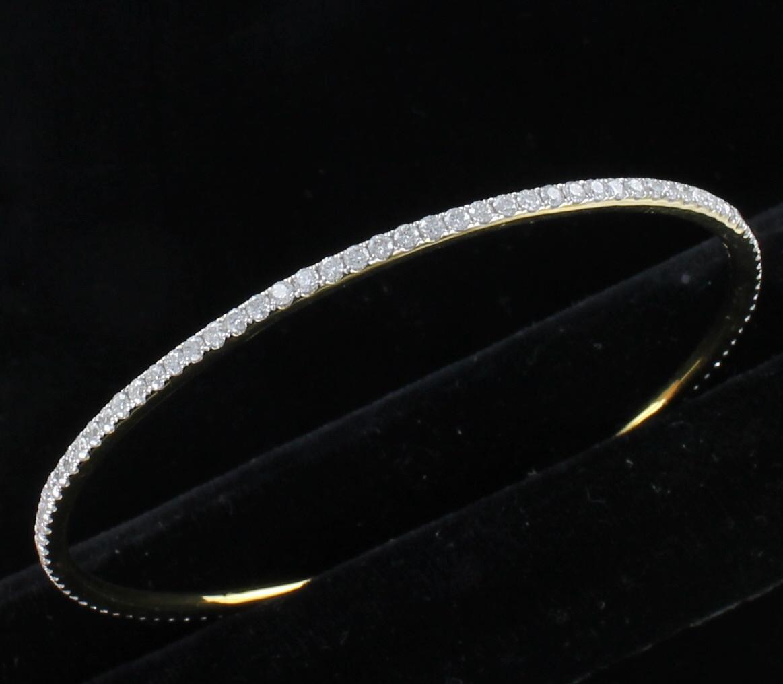 18KT YELLOW GOLD 3.0 CT TW DIAMOND BANGLE BRACELET