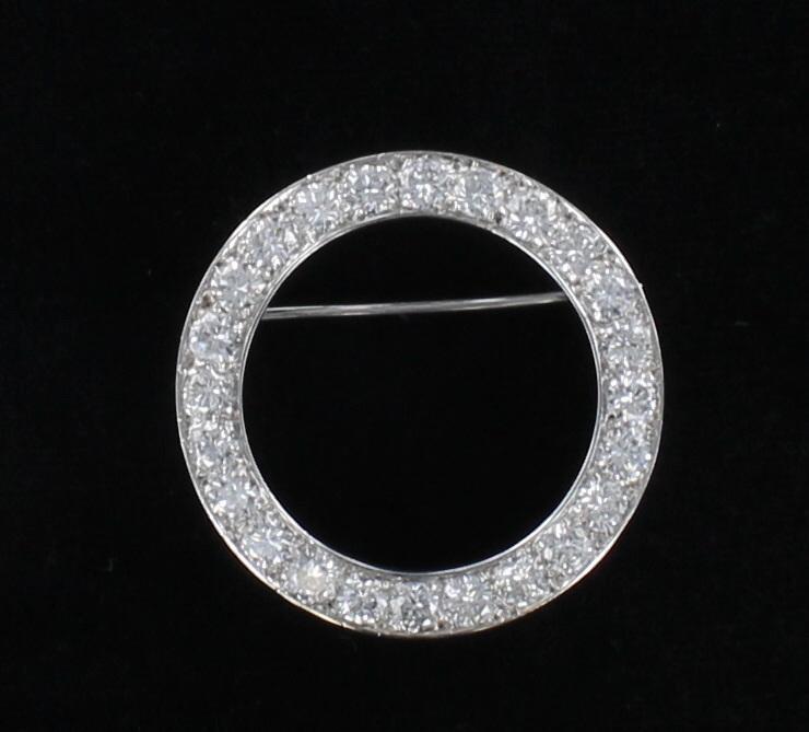 PLATINUM 3.80 CT TW DIAMOND CIRCLE PIN