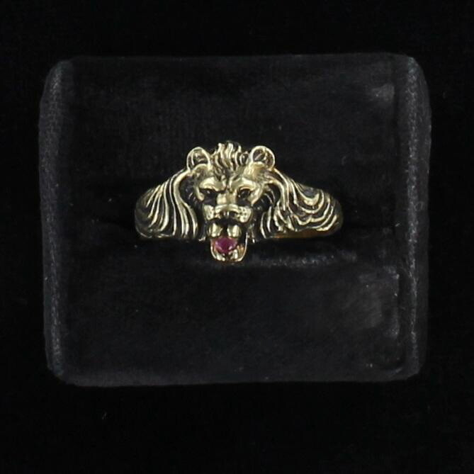 14KT LION RING WITH RUBY