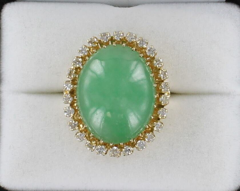 14KT JADEITE WITH 1.5 CT TW ROUND BRILLIANT DIAMOND RING