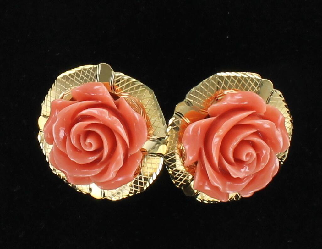 18KT CARVED CORAL EARRINGS, CIRCA 1960