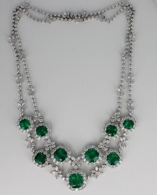 18KT WHITE GOLD NECKLACE WITH 31.7 CT TW EMERALDS & 20.0 CT TW DIAMOND NECKLACE