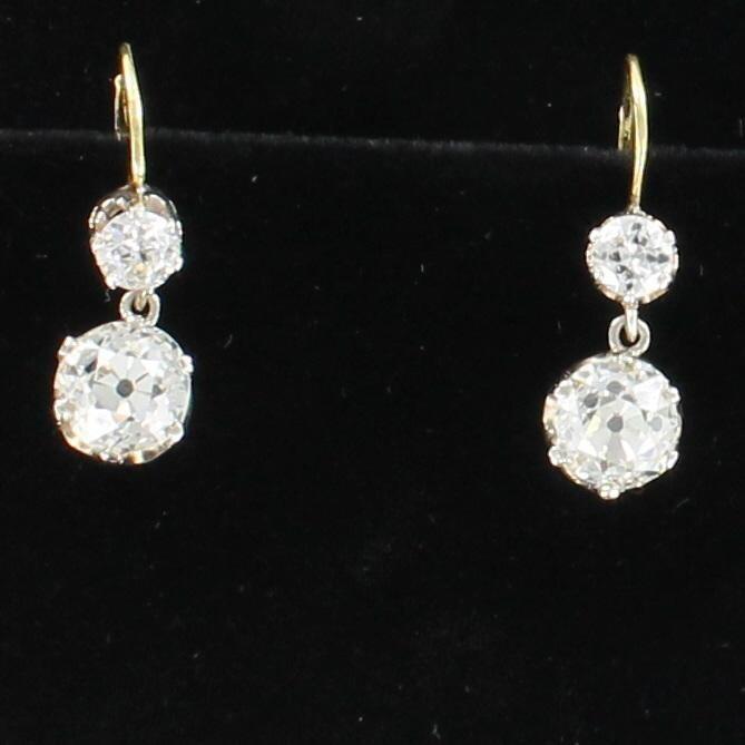 18KT YELLOW GOLD 5.27 CT TW OLD EUROPEAN CUT DIAMOND EARRINGS