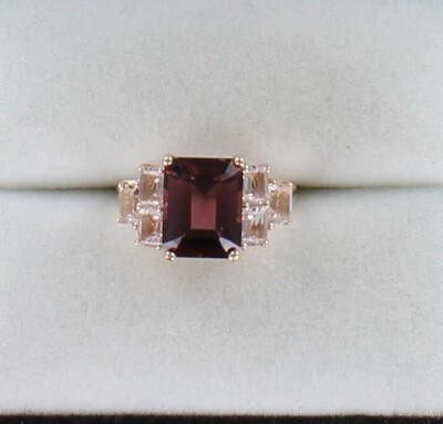 10KT TOURMALINE WITH MORGANITE RING